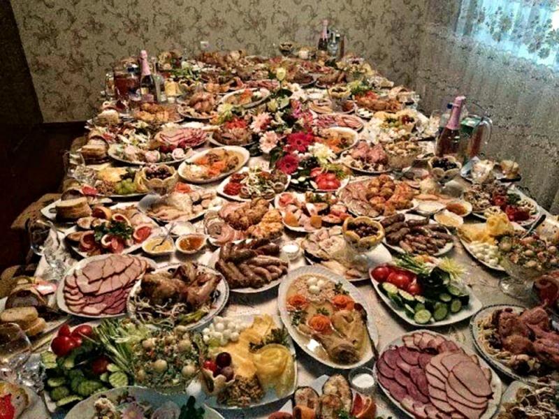 https://lutheranstudentdotcom.files.wordpress.com/2015/06/00-russian-feast-06-06-14.jpg